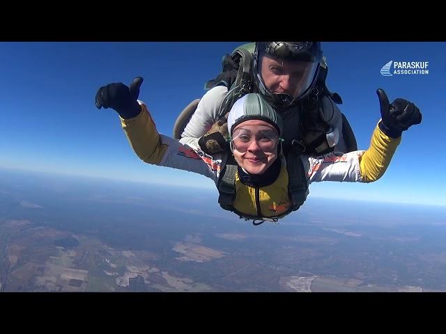 Прыжок с параютом в Киеве на Аэродроме Бородянка. Тандем-прыжок с инструктором