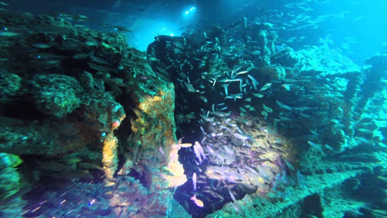 Dive On HMAS Brisbane.