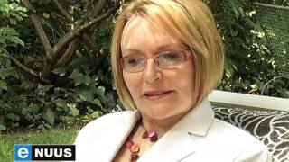 eNuus | Helen Zille vereer by Foxwood-huis