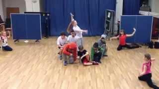 20.11.2015. Танец учеников на открытом уроке на Волжской