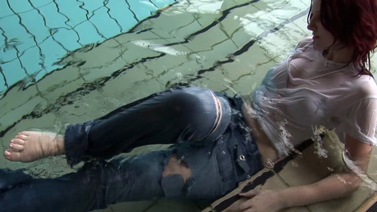Underwater fetish girls