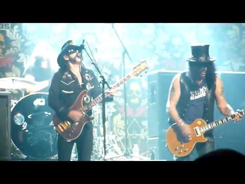 Slash, Lemmy  & Dave Grohl - Ace of Spades (Live) @ The Revolver Golden Gods Awards 2010