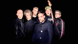 Watch Los Fabulosos Cadillacs Gitana video
