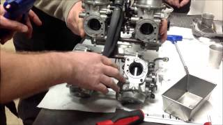 Tech Tip: How to Install a shrunken cv slide into the carburetor body without pinching the diaphram