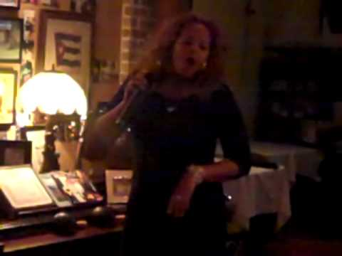 Angie la diva de la Salsa