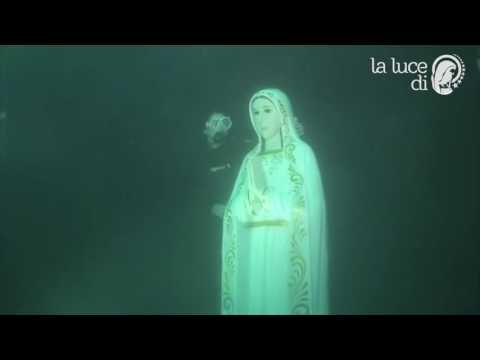 ¡Esto es un milagro y está bajo el agua! ¡La Virgen Maria está viva!