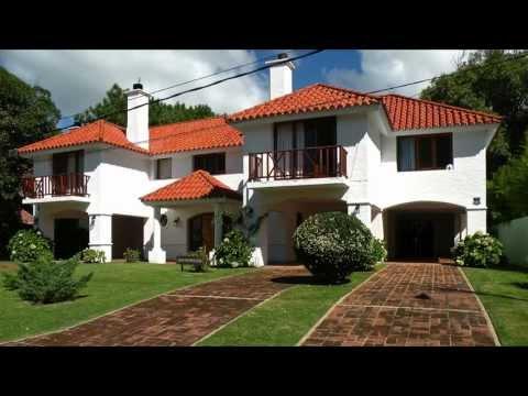 Casa en venta en Punta del Este, Uruguay :: Arriaza Vega