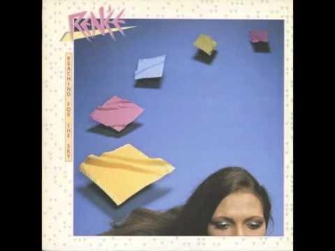 Renée - Lay me down