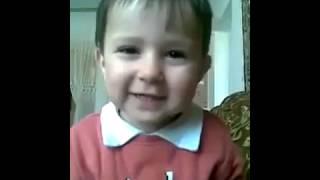 طفل روسي يقرأ القرآن مدهش سبحان الله فيديو أكثر من رائع