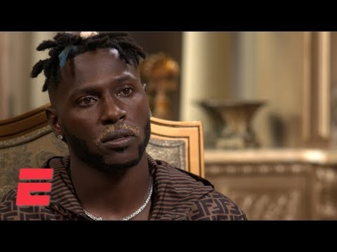 Antonio Brown tells reporter 'there's no way I play' after Raiders void guarantees
