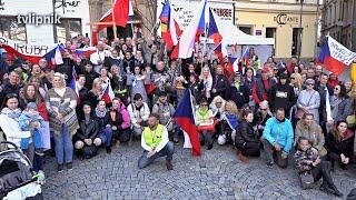 Dost pokusům na našich dětech! Vol.2 - demonstrace v Brně - 25.4.2021