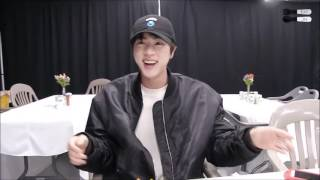 4 minutes of Jin laughing