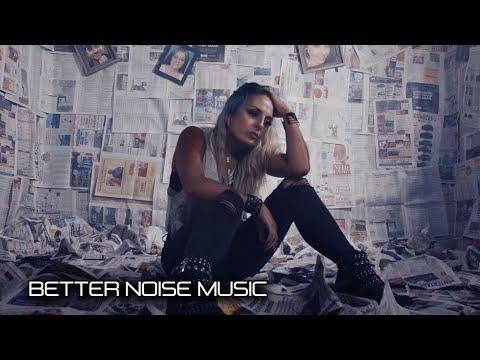 Смотреть клип Eva Under Fire - Heroin