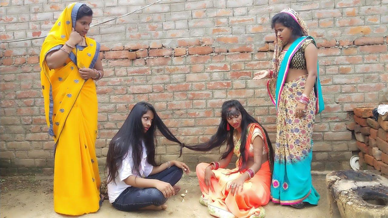 गाँव की औरते कैसे भूत खेलाती है, आज अपनी आंखों से देख लो।  IMR BHOJOURIYA