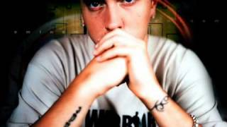 Eminem Ft Stat Quo - Classic Shit [Prod By Dr.Dre] [Unreleased]