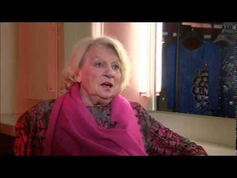Singer-songwriter Jackie Trent dies, aged 74