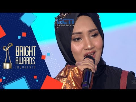 "BRIGHT AWARDS INDONESIA 2017 | Fathin Shidqia ""Jangan Kau Bohong"" [06 Desember 2017]"