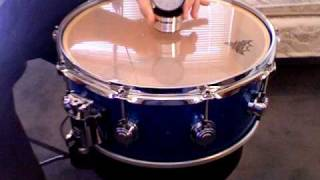 Download lagu Tuning a snare drum with the drum dial