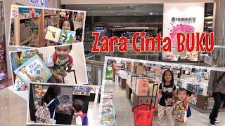 Ayo Membaca Buku | Memacu Minat Baca pada Anak sejak Usia Dini | Zara Belanja di Toko Buku Gramedia