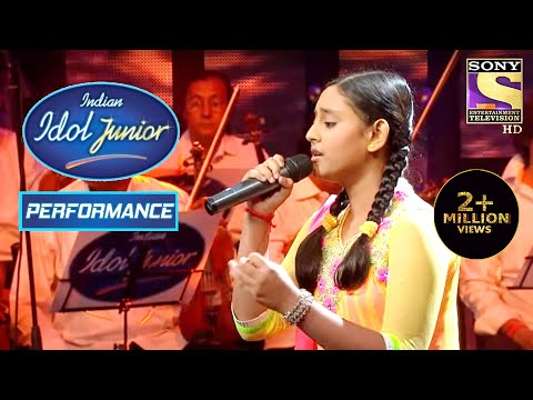 Pyarelal Salutes Debanjana For Her Performance On 'Solah Baras Ki Bali'   Indian Idol Junior