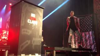 Watch Machine Gun Kelly Intro video