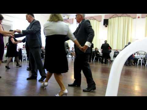 425 Argentine Stroll -  Sequence Dance Club DSA