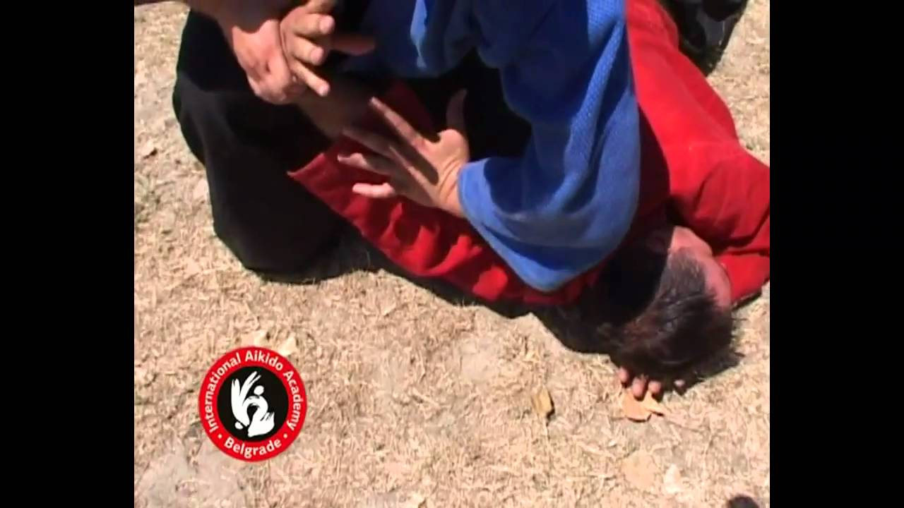 Aikido techniques by Bratislav Stajic: Katatori nikyo - ura