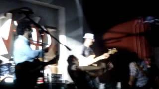 Play Que Vida La Mia (Live)