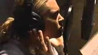 carrie-underwood---inside-your-heaven-in-studio-2005