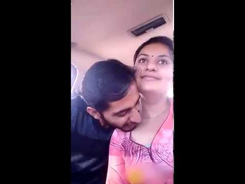 Hot Bhabhi Romance In Car | Whatsapp Video