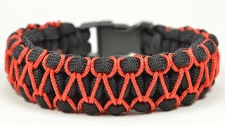 Repeat youtube video Make the 'Herringbone Stitched' Cobra Paracord Bracelet - Paracord.com