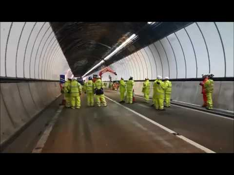 Night-time work continues to repair M4 Brynglas Tunnels