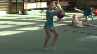 Художественная гимнастика: Ангелина Галяшина, 5 лет
