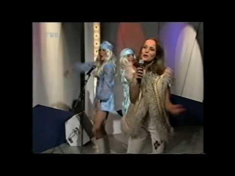 """Izabella Scorupco -  I Write You a Love Song , Live at """"Casino"""" TVN 1990"""