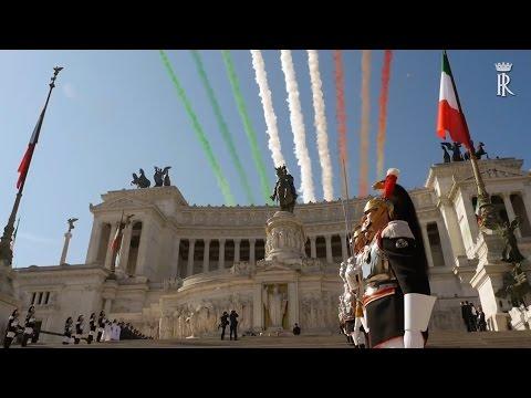 Festa della Repubblica, frecce tricolori e sfilata ai Fori Imperiali
