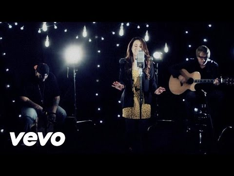 Britt Nicole - Gold (Acoustic Performance)