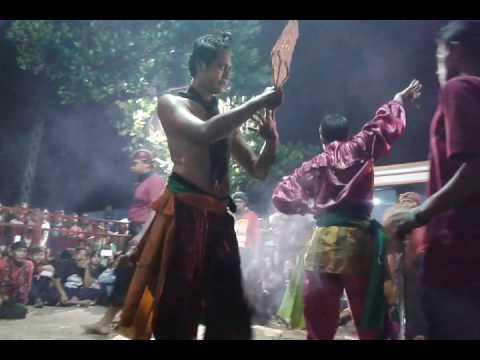Samboyo putro lagu suci dalam debu voc wulan live waung sonoageng
