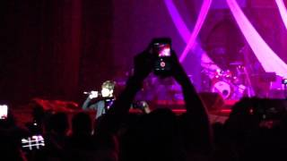 Video Harris J - Salam Alaikum LIVE Malaysia 2015 download MP3, 3GP, MP4, WEBM, AVI, FLV Januari 2018