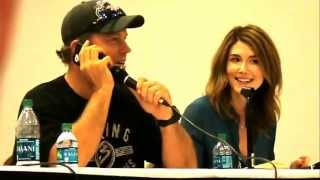 Repeat youtube video Nathan Fillion crashes Firefly panel at Fandomfest 2013