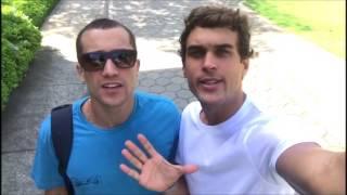 Baixar Especial: Ricardo Vianna e Felipe Roque comemoram 1 milhão de acessos no Lovers Malhação