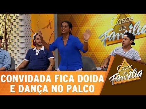 Casos de Família (20/04/16) - Convidada fica doida e dança no palco