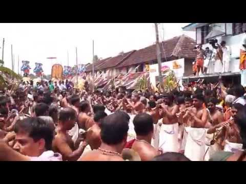 Kodunthirapully Mahanavami 2015 - Panchari Melam by Peruvanam Satheeshan Marar & team