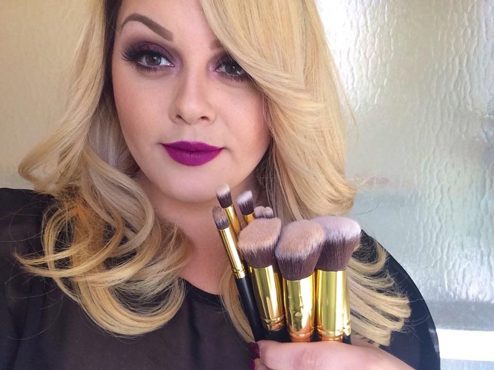 591ca8d639e5 BH Cosmetics 10 PC Sculpt and Blend Brush Set Review + Demo - YouTube