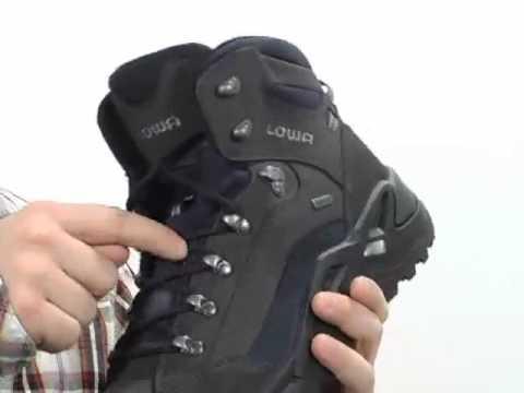 Придание водоотталкивающих свойств ботинкам «Lowa» ZEPHYR II GTX .