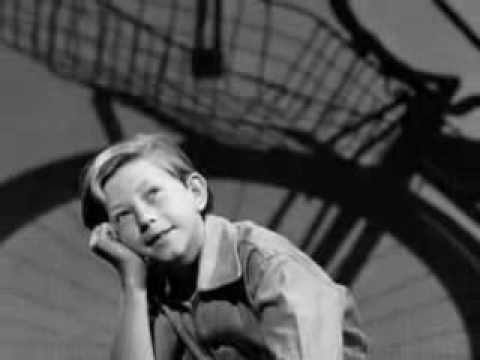 Bing Crosby - Small Fry