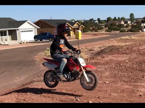 Boyz'n bikes 11: JUMPING the DIRT BIKES (CRF50F, CRF70F, KLX300R)