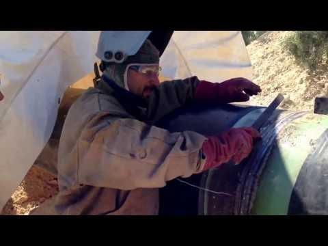 Welding high pressure natural gas pipeline   Greece