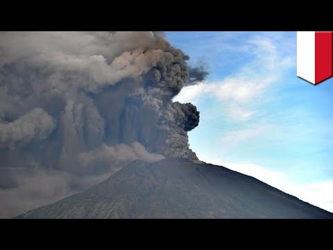 Volcanic eruptions: Bali's Mount Agung eruptions cause flights to be canceled - TomoNews