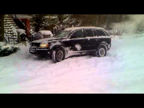 Volvo Xc90 Going Up In Heavy Snow Youtube