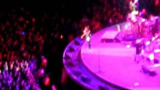 Fergie - Big Girls Don't Cry (Vancouver 2009)